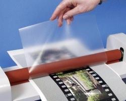 Обработка пластика для полиграфии
